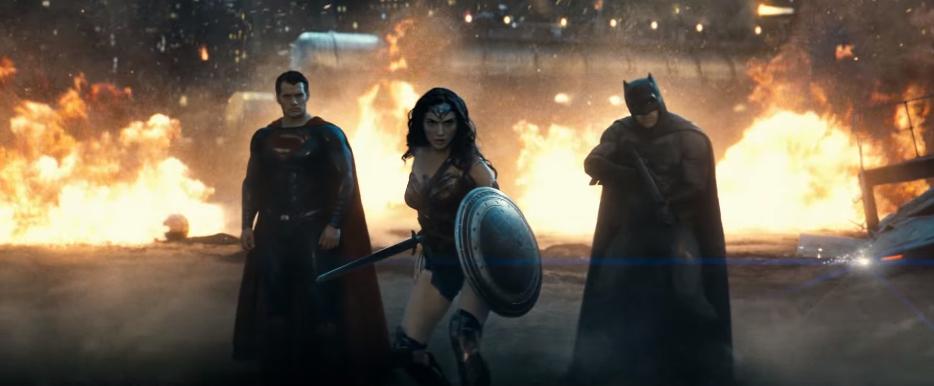 batman ve superman adaletin safagi filminin beklenen uzun fragmani yayinlandi