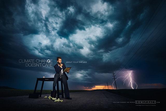 Arka Plan Için Photoshop Kullanmadan Gerçek Fırtınalardan Faydalanan