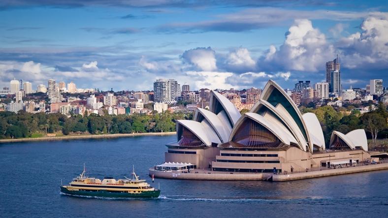 14.Avustralya