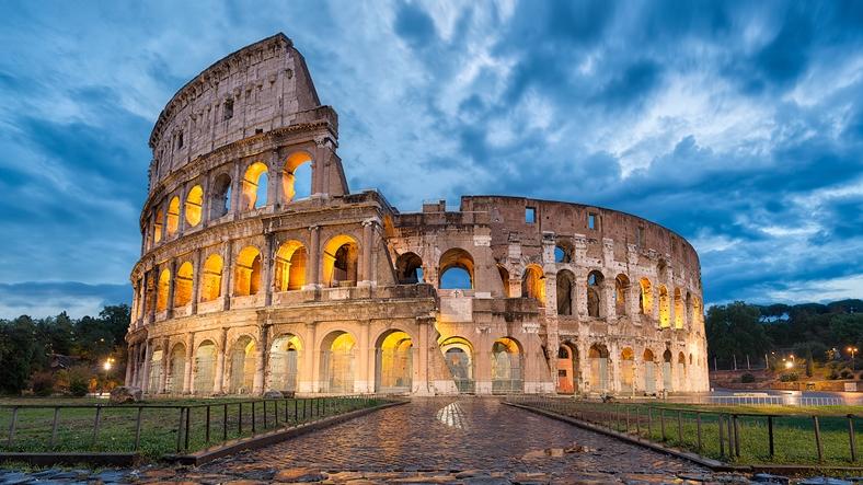 18.İtalya