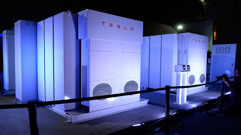 Tesla, Avustralya'nın Enerji Problemlerini Çözecek