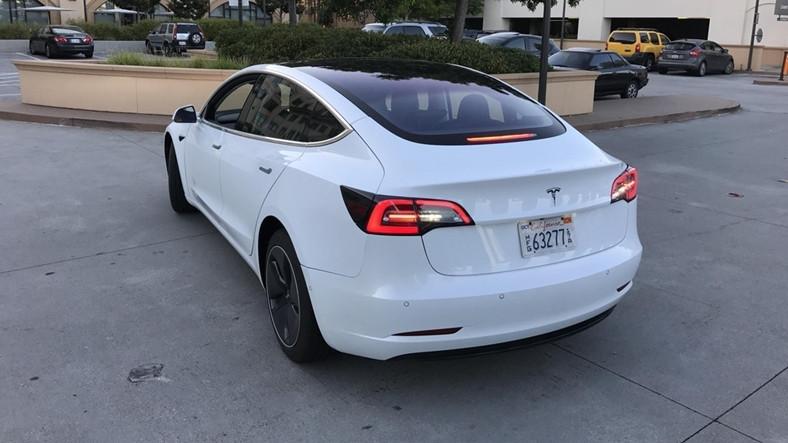 Tesla Model 3'ten Detaylı Yeni Fotoğraflar