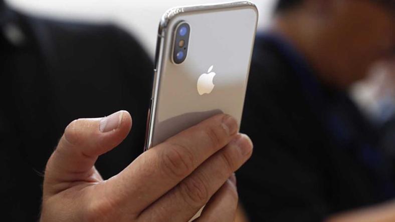 Yeni iPhone'lar Parmak İzi mi Tutuyor