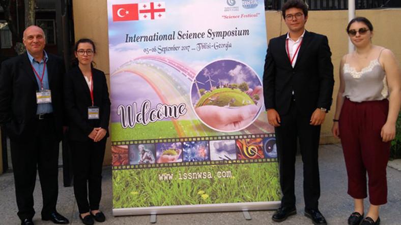 Liseli 3 Türk Öğrenci Yaptıkları Bilimsel Çalışmalarla Dünya Literatürüne Girdiler