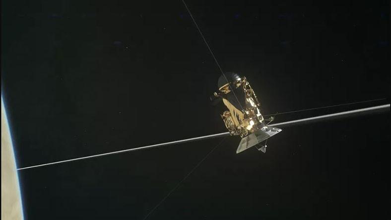 Görevi Sonlanmaya Yakın Olan Cassini'nin Çektiği En İyi Fotoğraflar