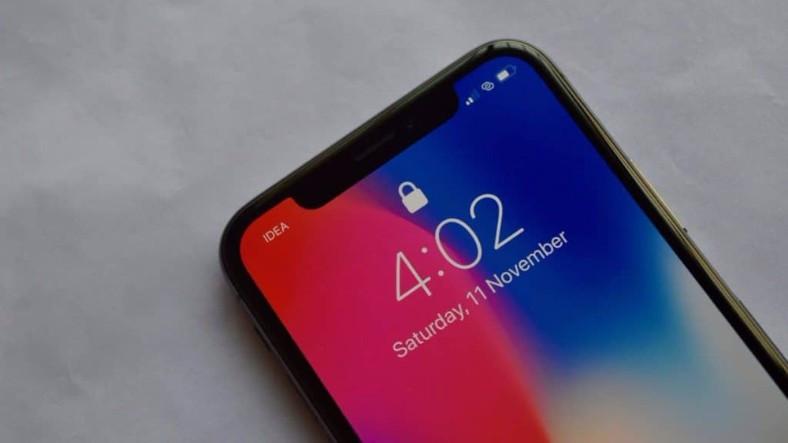 10 Yaşındaki Çocuk Annesinin iPhone X Cihazının Face ID Güvenliğini