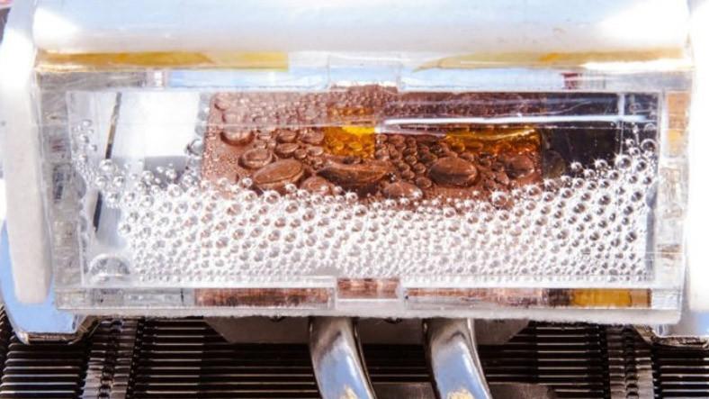 Araştırmacılar, Çöl Havasından Su Toplayan Cihaz Geliştirdiler!