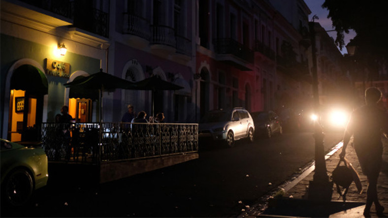 Porto Riko, 1 Günlük Kararmadan Sonra %70'lik Kesime Enerji Ulaştırdı