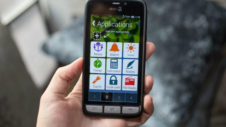 Yaşlı Kullanıcılar İçin Özel Olarak Üretilmiş, Uygun Fiyatlı 3 Akıllı Telefon