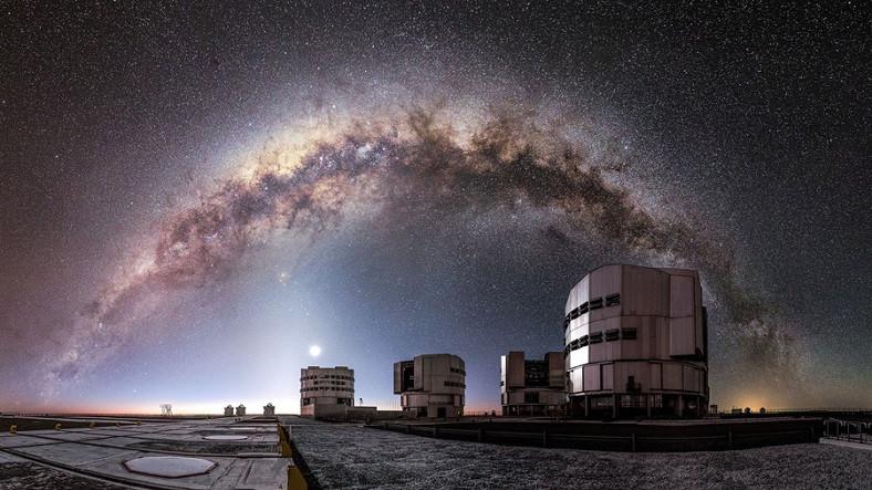 Yeni Geliştirilen Bir Teleskop Teknolojisi, Neptün'ün Mavi Güzelliğini Gözler Önüne Serdi