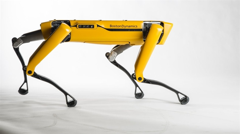 Boston Dynamics'in Robot Köpeği SpotMini, Yılda 1000 Adet Üretilecek