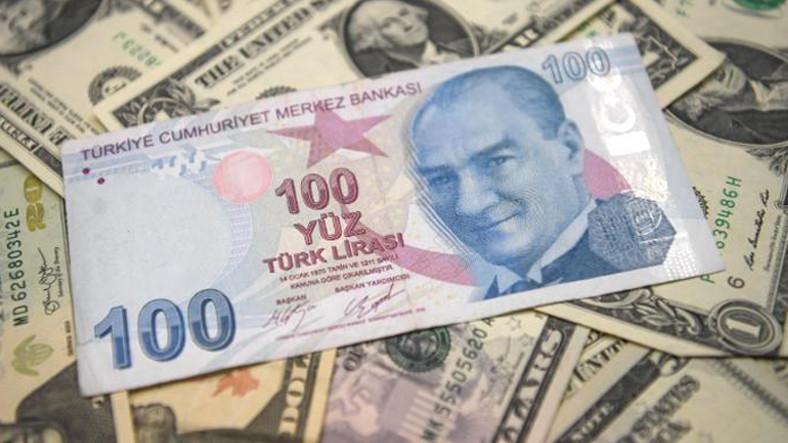Rekor Seviyede Değer Kaybeden Türk Lirası Dünya Basınının Gündeminde
