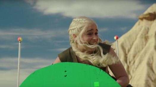 Game of Thrones'un Tüm Ciddiyetini Götürecek Eğlenceli Kamera Arkası Görüntüleri