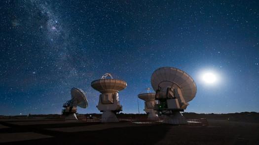 Dünya'ya Yakın Bir Yıldızdan Son Derece Enterasan Sinyaller Alındı!