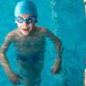 Havuzda Telefonuyla İlgilenen Annenin Unuttuğu Çocuğunun Saniye Saniye 'Boğulduğunu' Gösteren Video