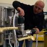 Türk Mühendisin Geliştirdiği Ameliyat Yapabilen Robot: Roborto