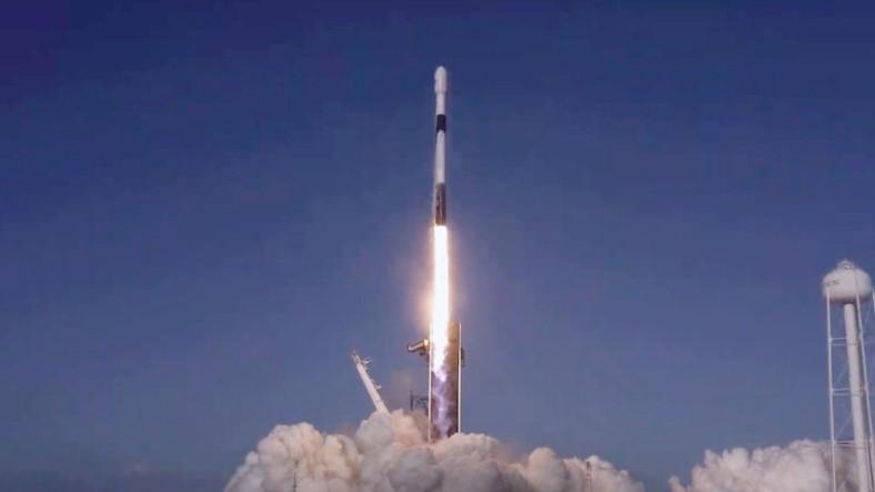 SpaceX, 60 Yeni Starlink Uydusunu Yörüngeye Yolladı