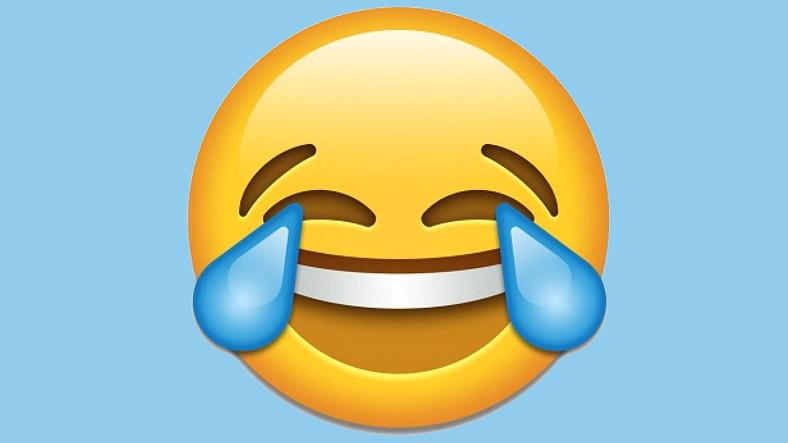 Z Kuşağı, Y Kuşağının Favorisi Olan 'Gülerken Gözünden Yaş Gelen' Emojiden Nefret Ediyor ile ilgili görsel sonucu