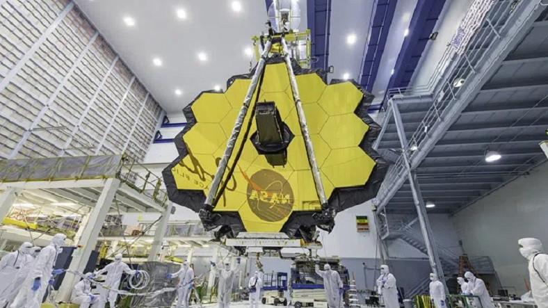 Bir Grup Bilim İnsanı, James Webb Uzay Teleskobu'nun İsminin Değişmesi Gerektiğini Savunuyor - Webtekno