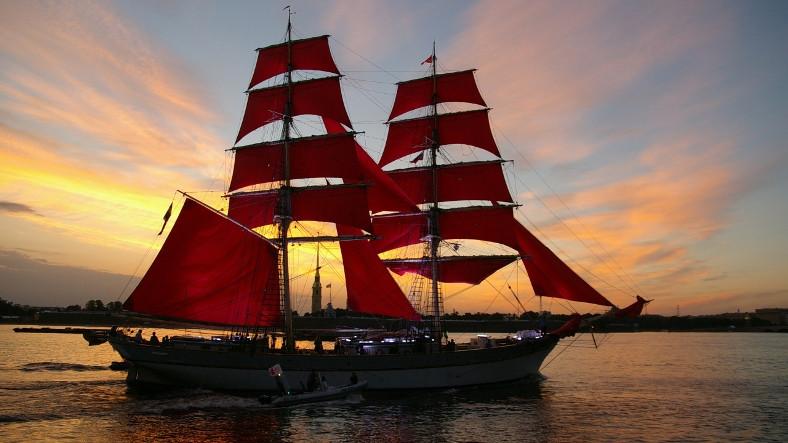 Romantik mi Cinsiyetçi mi?: Neden Gemilere Kadın İsmi Veriliyor?