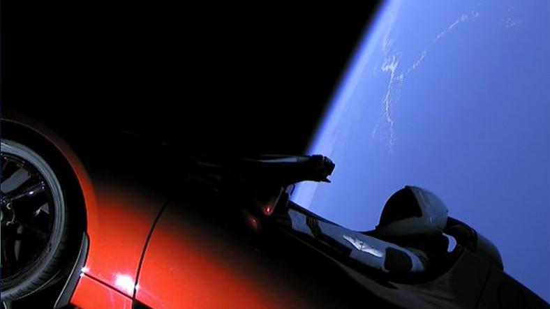 Elon Musk'ın Uzaya Araba Göndermesi Ne Anlama Geliyor?