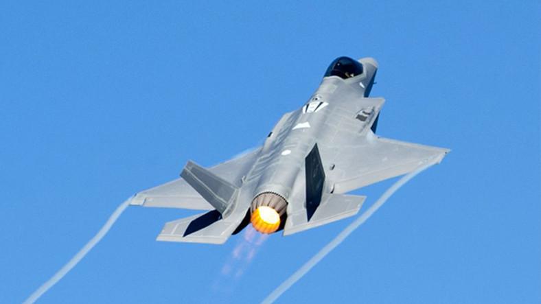 Milli Muharip Uçağının Motor Geliştirmesi İçin İmzalar Atıldı ile ilgili görsel sonucu