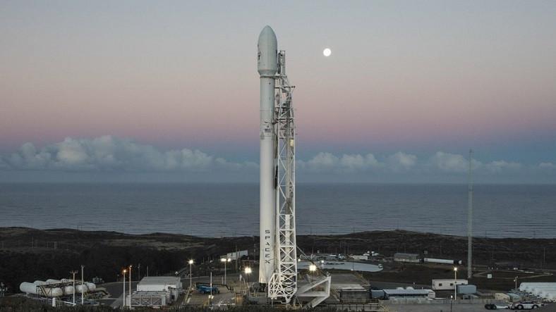 SpaceX, Falcon 9'u Bir Kez Daha Uzaya Uğurlamaya Hazırlanıyor