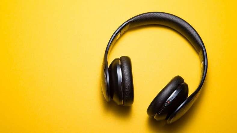 Hoparlör Olarak Kullanabileceğiniz Kulak Üstü Kulaklık: Bix Bluetooth Kulaklık