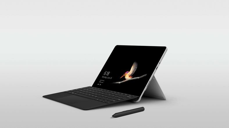 Microsoft, Öğrenciler İçin Bütçe Dostu 7 Yeni Cihazı Duyurdu