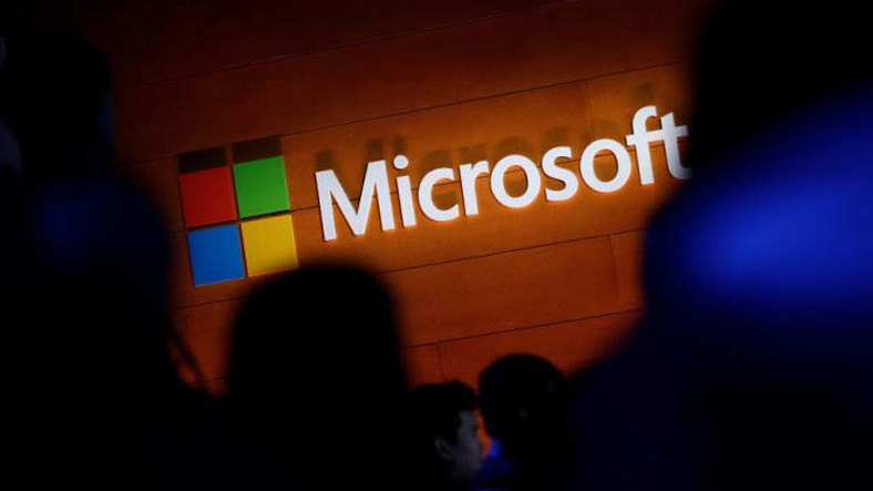 Microsoft'tan Yeni Proje İddiası: Katlanabilir Dizüstü Bilgisayar