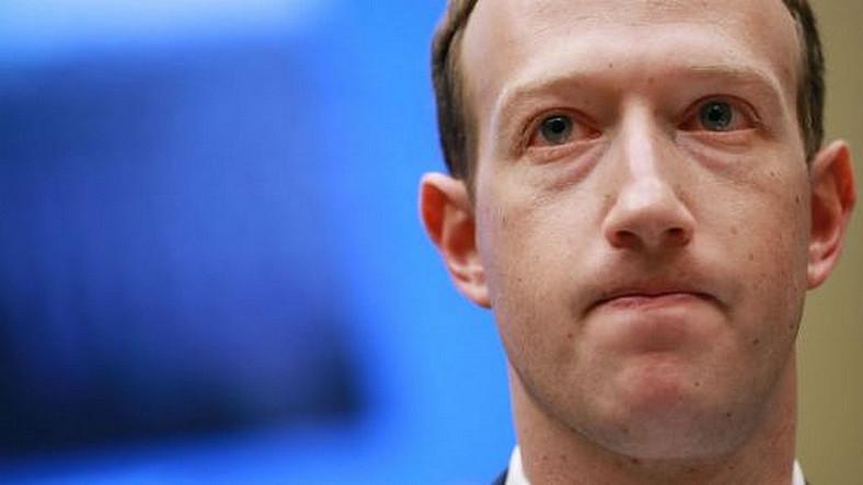 Evler İçin Kamera Üreten Zuckerberg 'Oturma Odasında Kamera Olmasına Karşıyım' Dedi