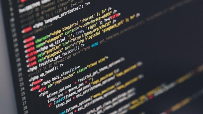 İyi Bir Yazılımcının Öğrenmesi Gereken 7 Programlama Dili
