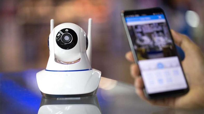 Telefonunuzu Nasıl Bir Güvenlik Kamerasına Çevirirsiniz?