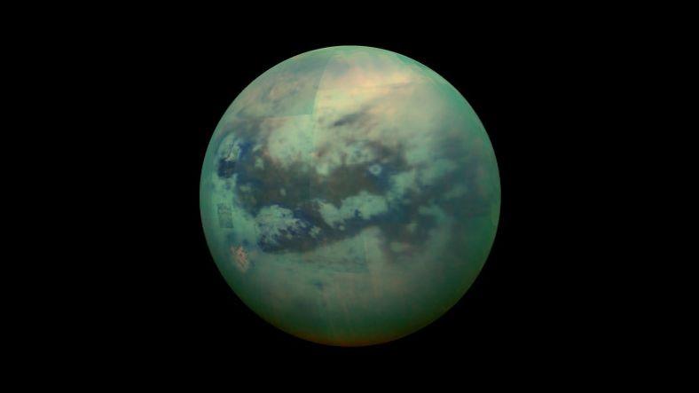 NASA Mühendisi: Titan'da Kanat Takıp Uçmamız Mümkün