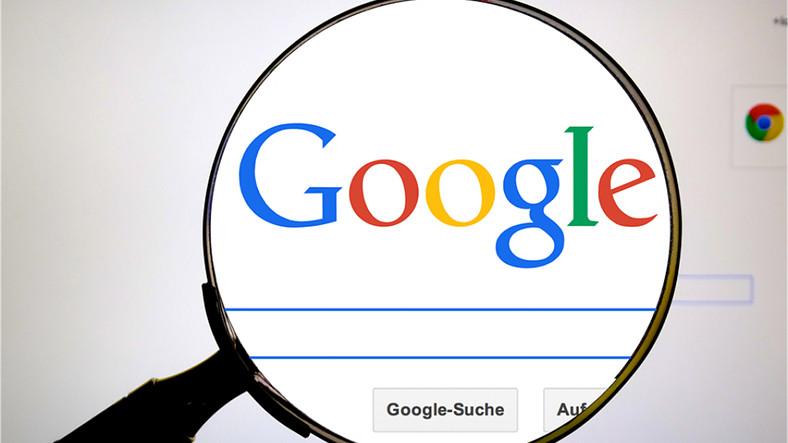 Google'ın Büyüteç Simgeli Arama Butonu Değişiyor