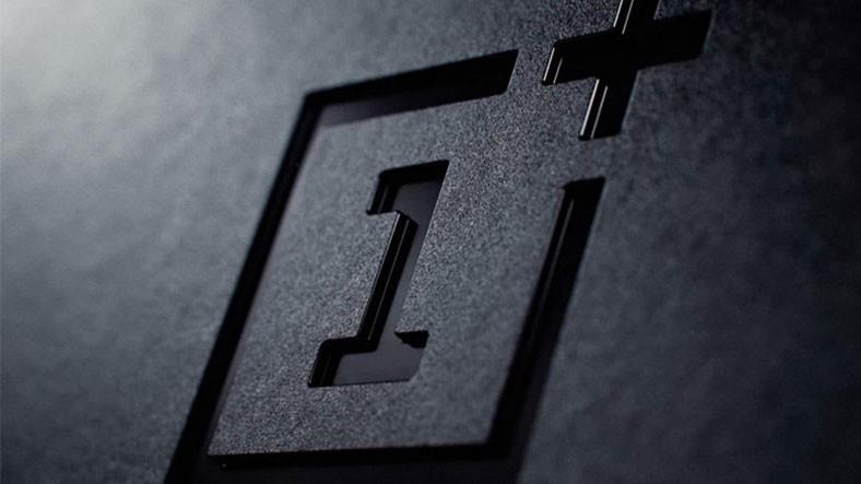 OnePlus 7T Pro'ya Ait Olduğu İddia Edilen Görüntü