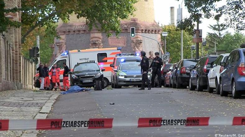 Almanya'da İki Kişinin Öldüğü Saldırı, Twitch'ten Canlı Yayınlanmış ile ilgili görsel sonucu