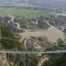 Dünyanın En Uzun ve En Yüksek Cam Tabanlı Köprüsü Çin'de