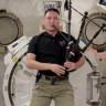 Olayı Abartıp Uzayda Gayda Çalmaya Kadar Götüren Astronot!