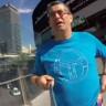 GoPro'yu Yanlış Tutup, Bütün Tatil Boyunca Kendini Çeken Adamın Dramı