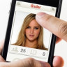 Fake GPS ile Tinder'ın Ücretli Versiyonunu Beleşe Getirin!
