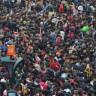 Tren İstasyonuna Doluşan Çinliler'in Oluşturduğu İnanılmaz İnsan Trafiği