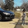 Tesla'nın Otopilotu Karşısına Çocuk Çıkarsa Ne Yapar?