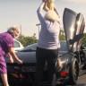 650 Beygirlik Lamborghini'yi Kullanan 65'lik Nineler Görenleri Şaşırttı!