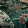 Harry Potter'ın Çok Konuşulacak Yeni Filmi Swiss Army Man'in Fragmanı Yayınlandı
