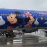 Çin'de Açılacak Disneyland Şerefine Mickey Mouse'lu Yolcu Uçağı Yapıldı!