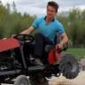 Toplama Parçalarla Uzaktan Kumandalı Traktör Yapan Lise Öğrencisi