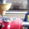 Hidrolik Baskı Makinesi Sonunda Dişine Göre Rakip Buldu: Su Jeti!