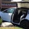 """Tesla Aracını Savundu: """"Kazanın Nedeni Model X'in Otomatik Pilotu Değil!"""""""