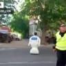 Öğrenme Yeteneğine Sahip Robot Laboratuvardan Kaçtı, Trafiği Altüst Etti!